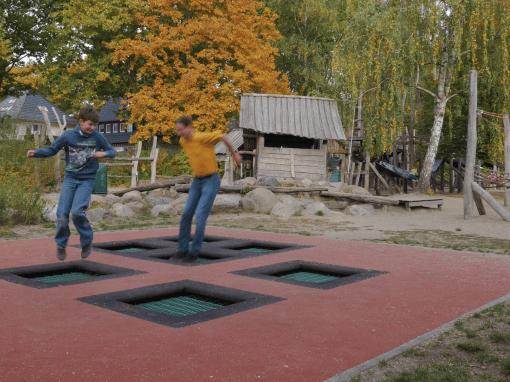 EKENSUNDER | trampolines